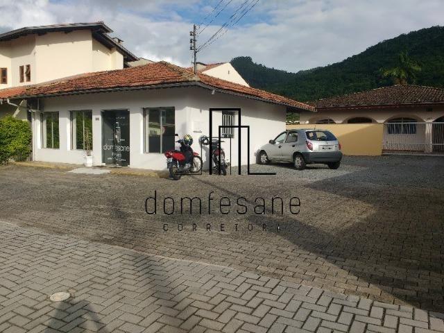 Loja e casa no Jaraguá Esquerdo 200m² Jaraguá do Sul SC