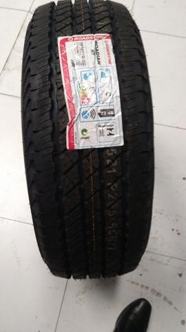 Vendo pneus 265/65 R17 no precinho camarada