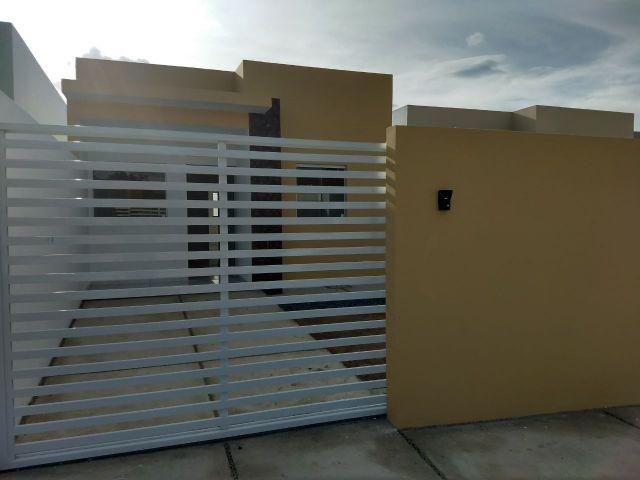 Casa pronta para morar, com 3 quartos, Beco e documentação gratis