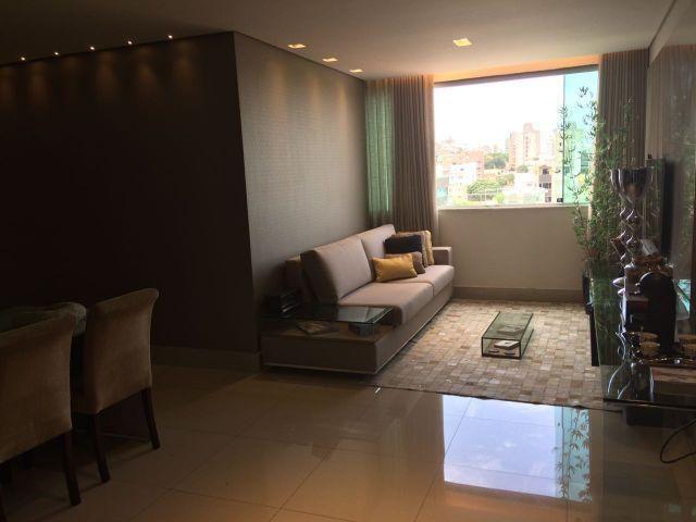 Maravilhosa cobertura de 3 quartos suite 3 vagas de garagem no Castelo