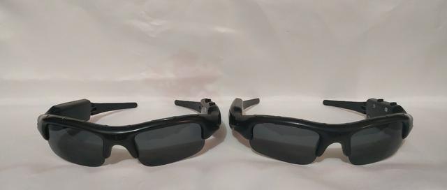 67646ed50 Oculos de Sol espião - Tira Fotos em HD e Filma com Audio em 720P - Entrada  para Sd
