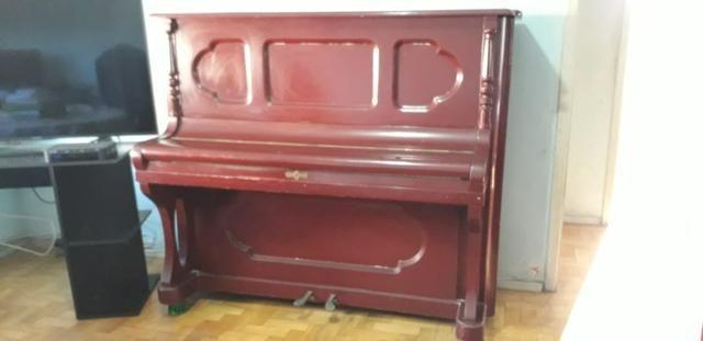 Piano alemão Rönisch