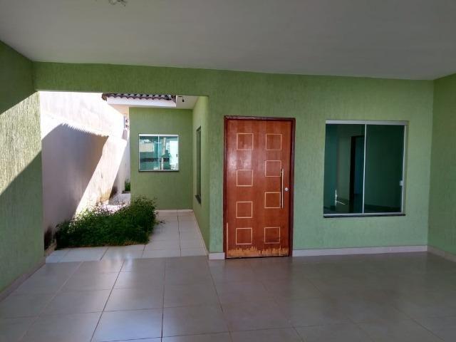 Vendo Casa Nova na entrada Principal de Formosa GO - Foto 3