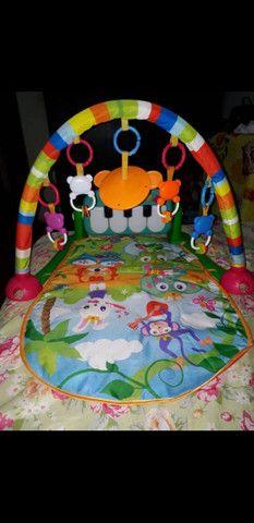 Tapete de atividades pra bebê