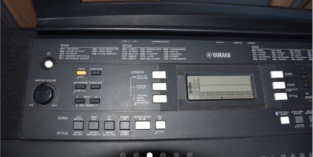 Teclado Yamaha PSR-E343 - Foto 4