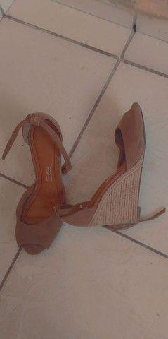 Calçados femininos santa Lola e couro - Foto 2