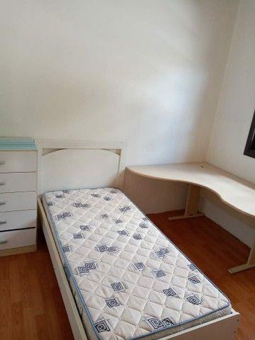 Dois Quartos, banheiro, cozinha, área de serviço, churrasqueira, na Bento Gonçalves - Foto 3
