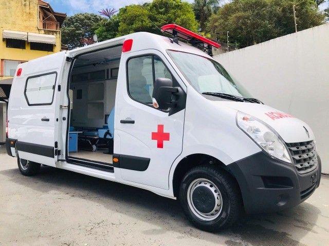 Renault Master Ambulância L3H2 UTI