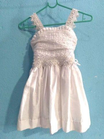 Vestido branco e estampado - Foto 3