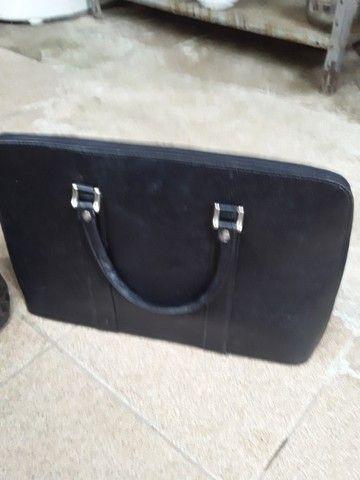 Bolsa Calvin Klein original e maleta de couro  - Foto 2