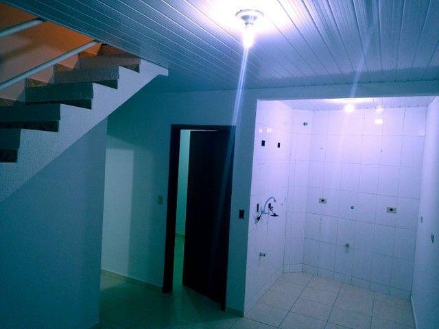 Apto com 2 banheiros - Foto 2