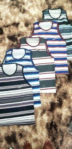 Promoção pra zerar o estoque camisa,short e camisetas 4,99 - Foto 4