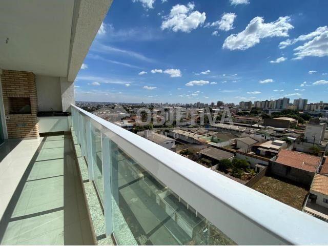 Apartamento para alugar com 3 dormitórios em Carajas, Uberlandia cod:470340 - Foto 8