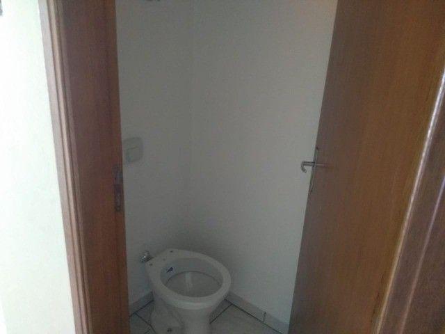 Vendo casa duas suítes bairro em expansão São Lourenço - MG. - Foto 4