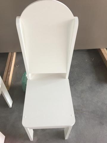 Cadeiras 100% MDF
