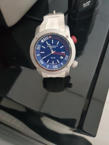 7ac97a3e25e Relógio Burberry Sport - Bijouterias