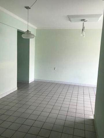 Apartamento 3/4 próx.ao Colégio Contato Jatiuca