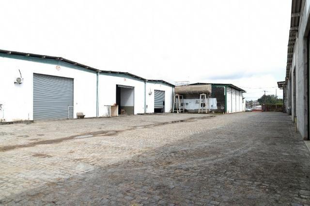 Galpão 300m² Localizado Entre Ceasa e BR-324 C/Possibilidade de Expansão