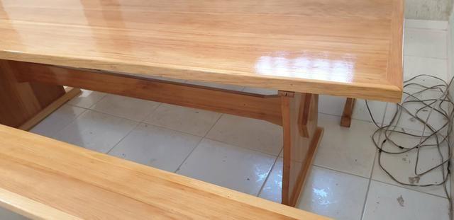 Mesa para churrasqueira com 2 bancos - Foto 6