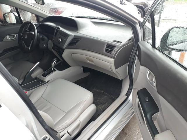 Civic lxr 2.0 automático ano 2014 completao com garantia e ipva quitado - Foto 7
