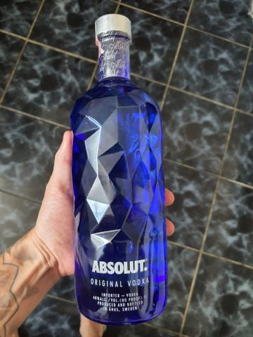 Vodka absolut facets 1L