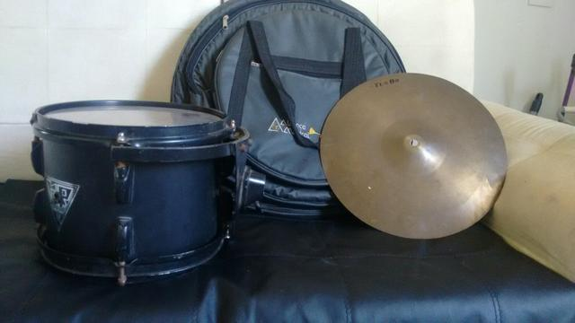 """Ton de 10"""" Marca KR Drum + Bag + Prato Turbo - Foto 4"""