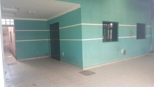Qnp 34 03 qtos + suite. aceita financiamento e fgts. casa sozinha no lote. aceita veiculo - Foto 3