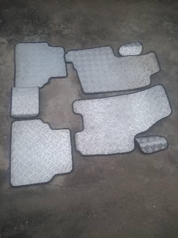 Jogo de tapete personalizado do Meriva - Foto 2