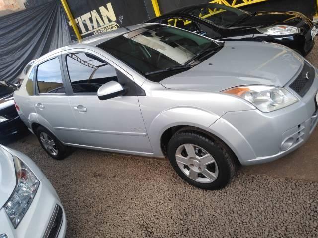 Fiesta 1.0 sedan 2009. Ent.R$ 5.000 - TITAN MULTIMARCAS