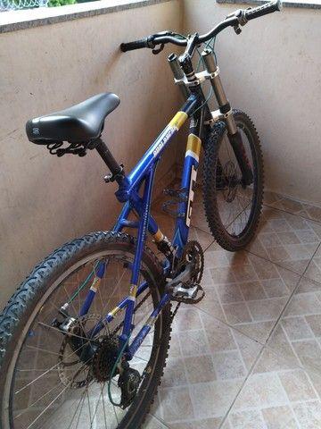 Vendo bike com amortecedor freio a disco - Foto 2