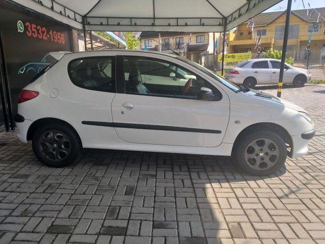 Vendo Peugeot 206 ano 2000 valor 7.990