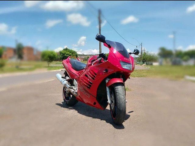 Moto Esportiva Suzuki Rf900r Vermelha<br><br> - Foto 10