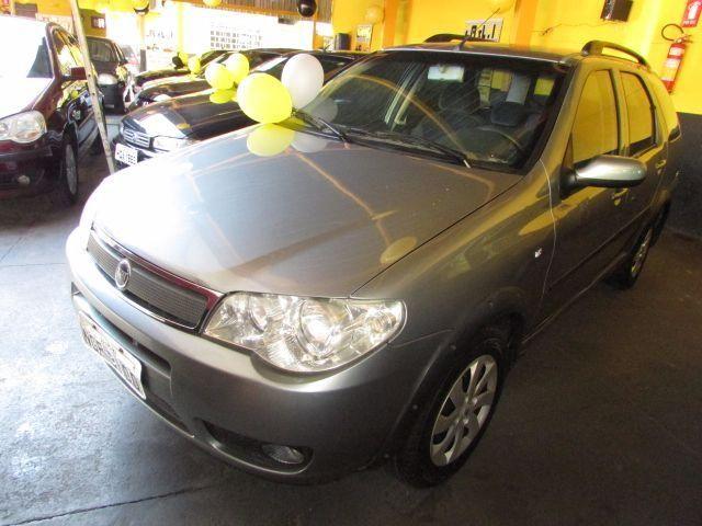 FIAT PALIO WEEK HLX 1.8 2005-2005