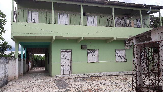 Apartamentos bem localizados
