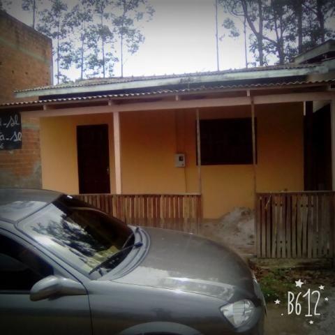 Casa no bairro Jardim de Deus em alvenaria com 2 quartos