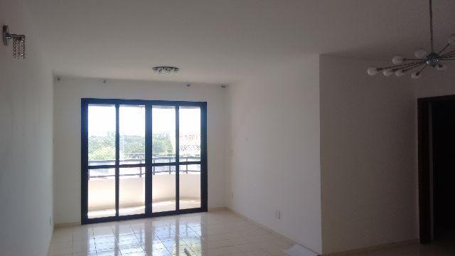 Apartamento na Farolândia ( Cond. Residencial Mirante )