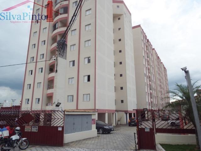 Código 789 - Excelente Apartamento de dois Dormitórios, ao lado do Super Mercado Nagumo no