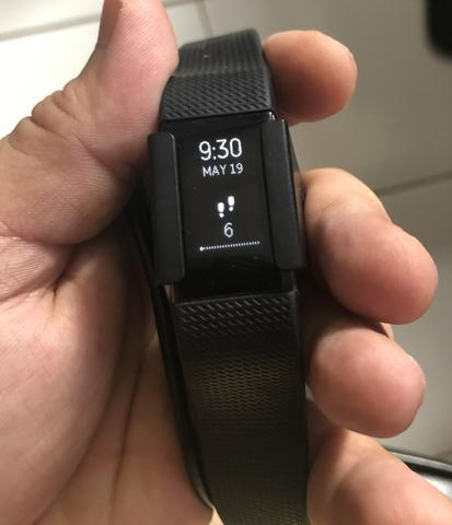f4bbcbf8892 Relógio monitor cardíaco Fitbit Charge 2 - Ciclismo - Natal