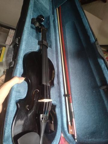 Violino preto