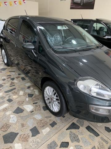 Fiat punto essence 1.6 2014 - Foto 4