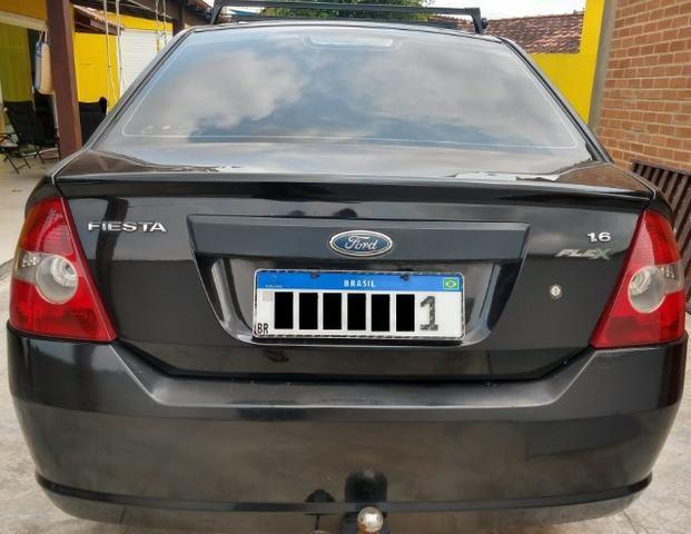 Ford Fiesta Sedan 1.6 Flex Completo GNV Mercosul Ar Gelando Vidro Direção Alarme Som DVD - Foto 4