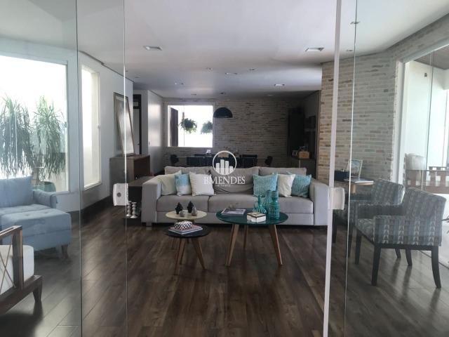 Casa Duplex - 4 suítes - Quintas do Calhau