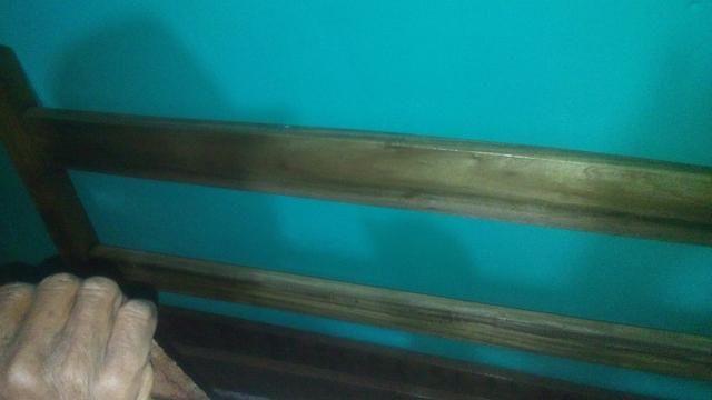 Cama de casal toda de madeira. De timborana  - Foto 4