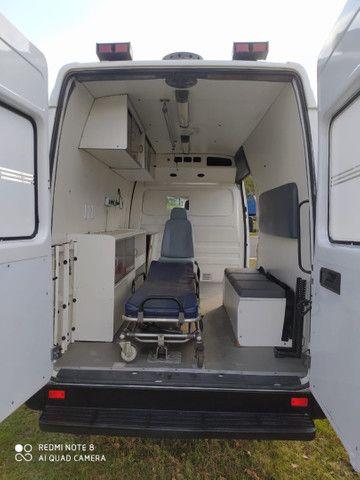 Ambulância Sprinter  - Foto 3
