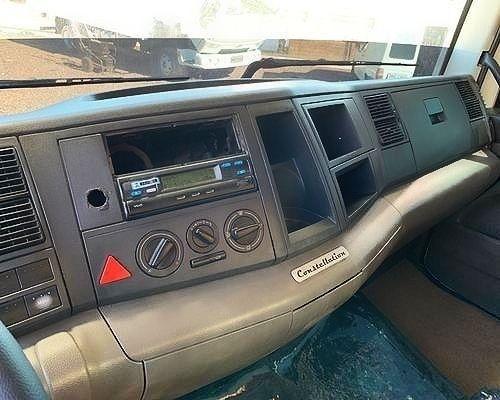 Caminhão Volkswagen 17280 Baú seco  - Foto 4