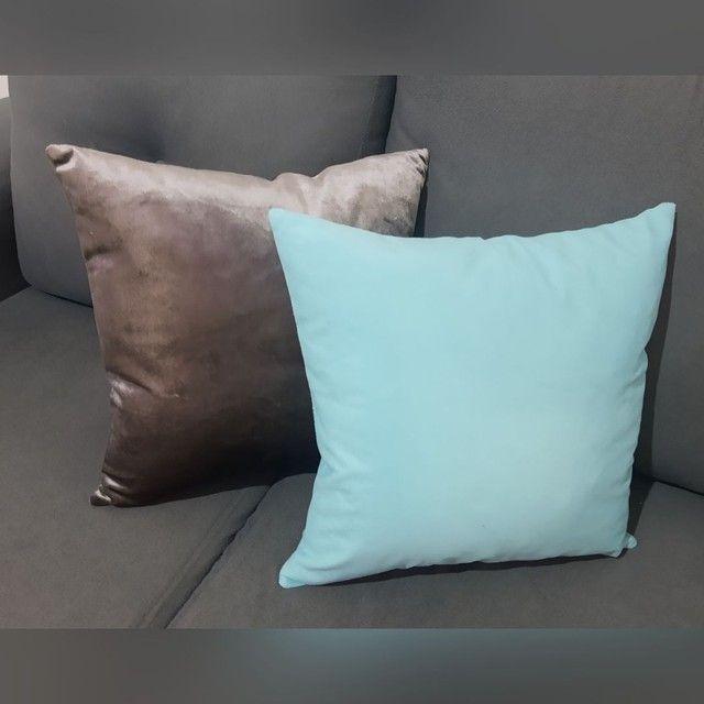 Almofadas em Veludo e Suede - Ródio / Azul Turquesa - Foto 2