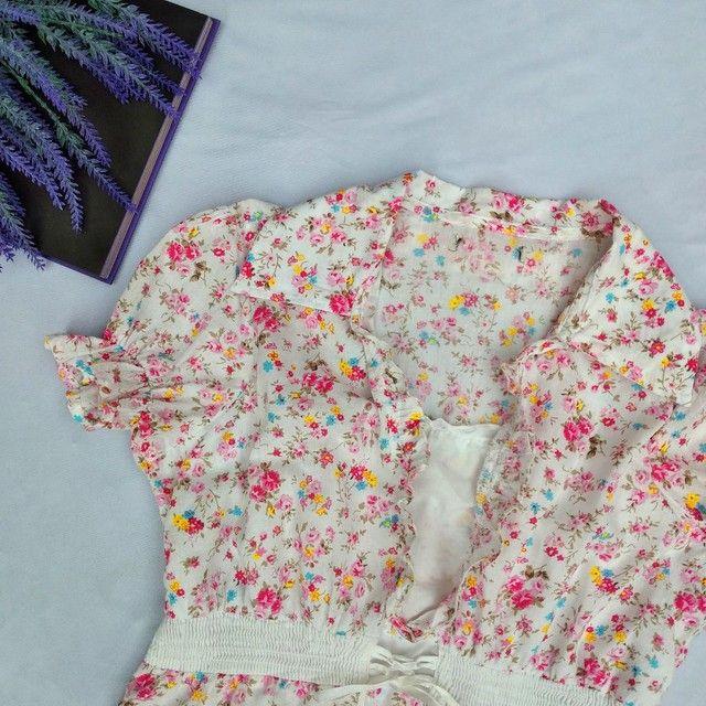 Blusa florida fofa manga bufante - Foto 2