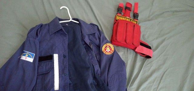Vendo uniforme bombeiro Civil Azul - Foto 3