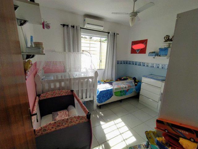Vende-se excelente casa no Bairro Candelária com bom terreno - Foto 9