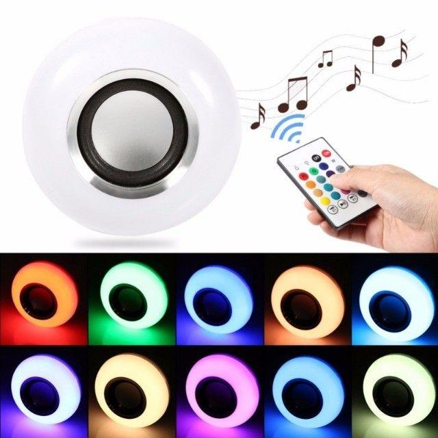 Lâmpada Led Musical Bluetooth RGB Caixa de Som Com Controle - Foto 4